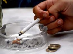 fumo, crisi, monti, governo, sigaretta, aumento